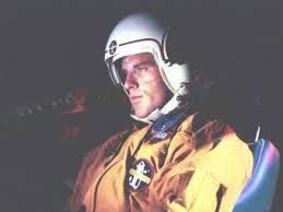 John Crichton, astronaut